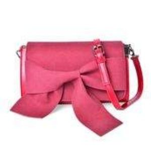 Handbags - Faux Leather Bowtie Flap Clutch W/Strap